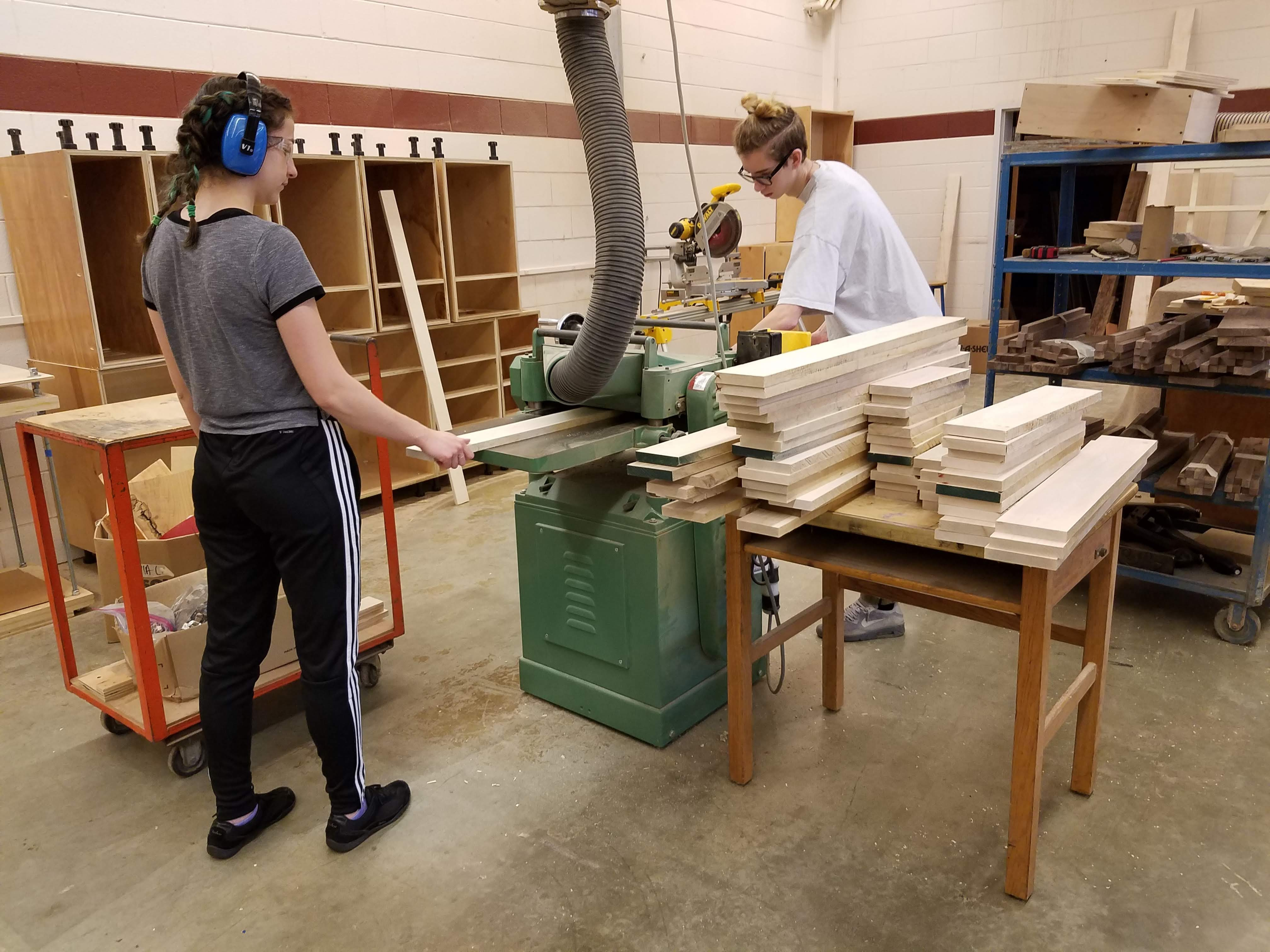 The Trials And Tribulations Of Teaching Woodworking Online Woodwork Career Alliance Of North America